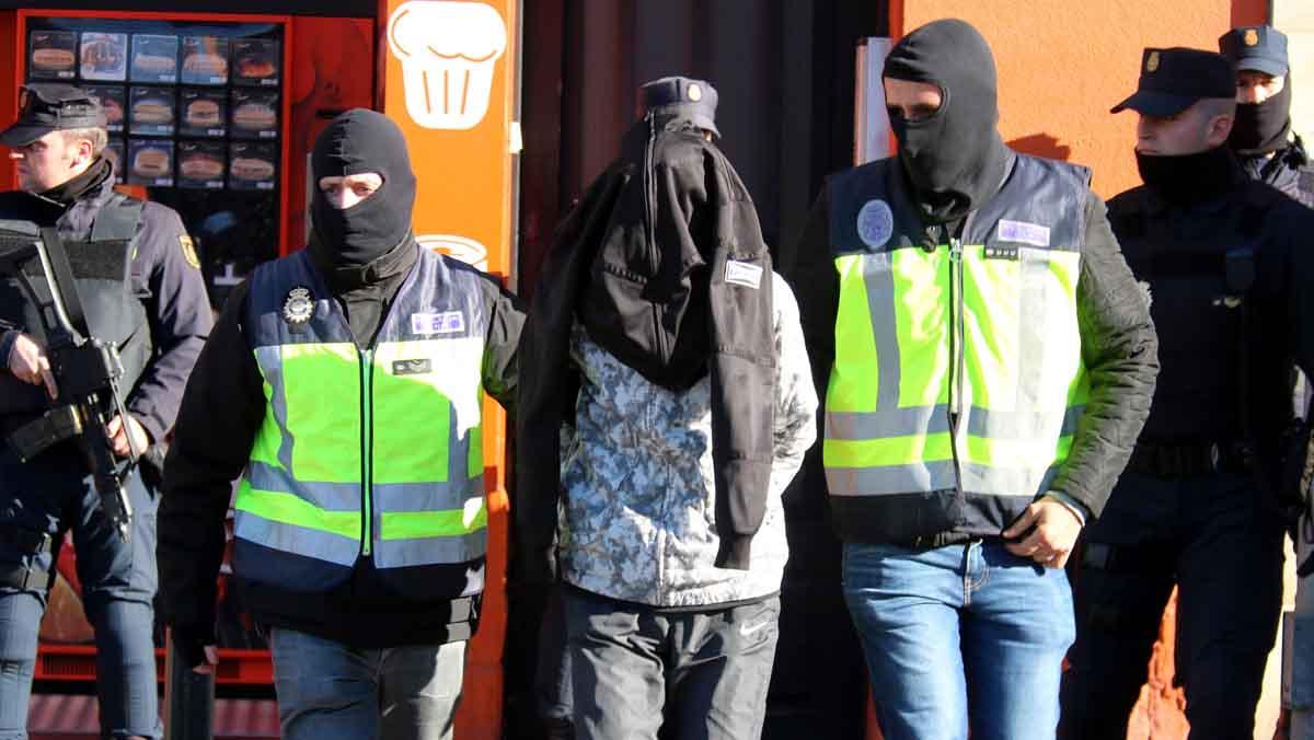Cuatro detenidos por difundir material yihadista e incitar a cometer atentados
