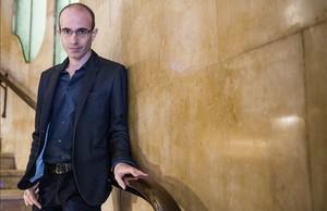 Yuval Noah Harari: «Els robots obligaran les persones a reinventar-se cada 10 anys»