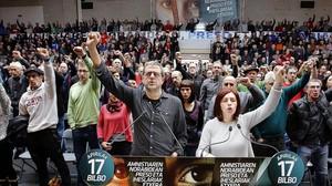 Acto de exreclusos y familiares de presos de ETA en Usurbil (Guipúzcoa), el pasado mes de marzo.