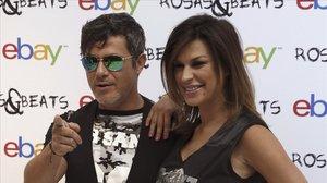 Una imagen de archivo de Alejandro Sanz y Raquel Perera.