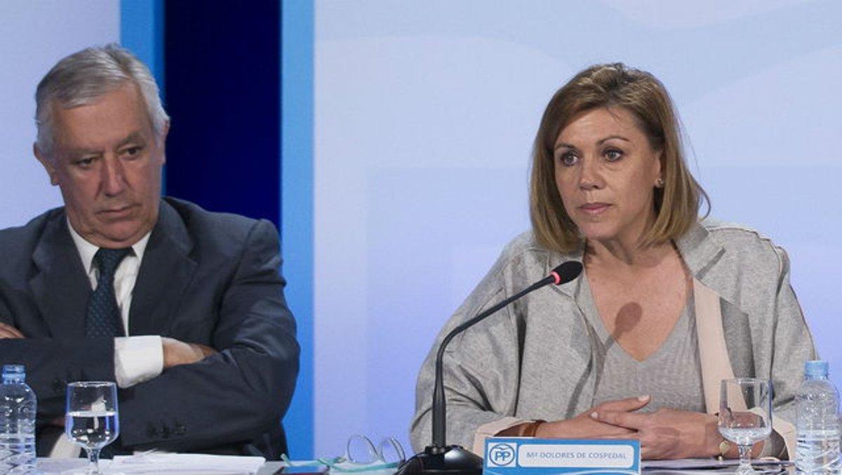 Arenas y Cospedal, en una conferencia del PP en Alicante, en abril del 2016.
