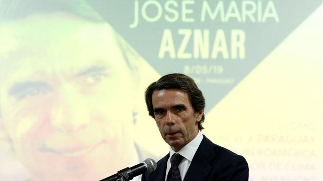 Aznar defiende una intervención en Venezuela para apoyar a Guaidó.