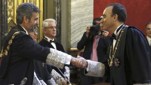El presidente del Supremo pide al Gobierno que defienda a Llarena en Bélgica
