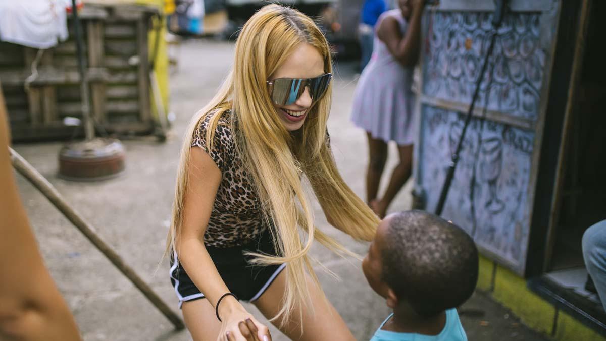 Documental sobre el viatge a Jamaica de la catalana Bad Gyal