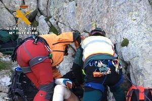 La Guàrdia Civil presumeix de rescatar dos muntanyencs independentistes al Pirineu d'Osca