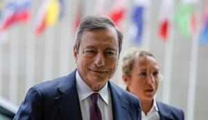 El presidente del Banco Central Europeo (BCE), Mario Draghi, a su llegada a la reunión de ministros de Economía y Finanzas de la eurozona en Luxemburgo.
