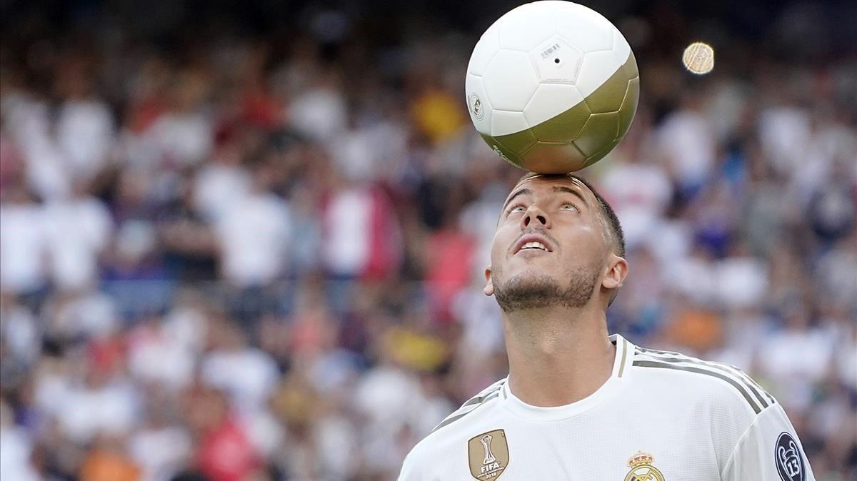 Eden Hazard, en su presentación con el Madrid en el Bernabéu en junio del 2019.