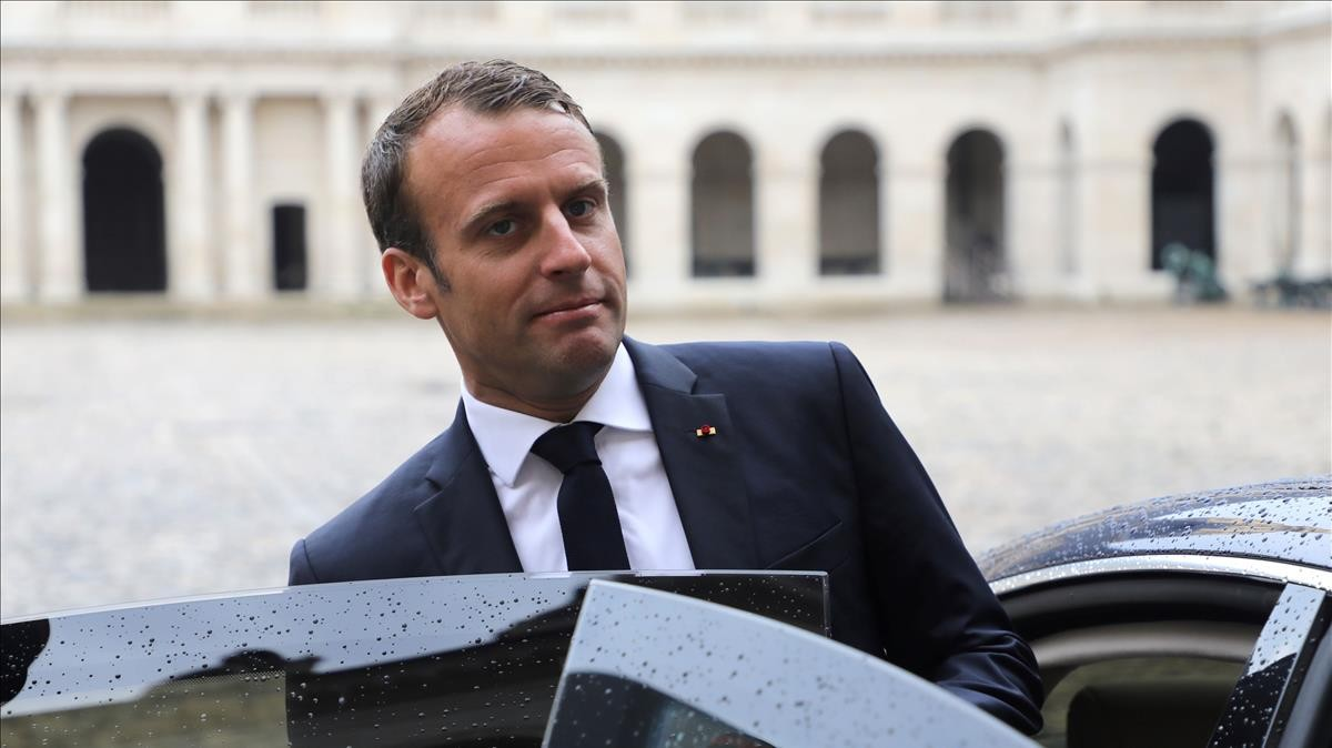 Emmanuele Macron.