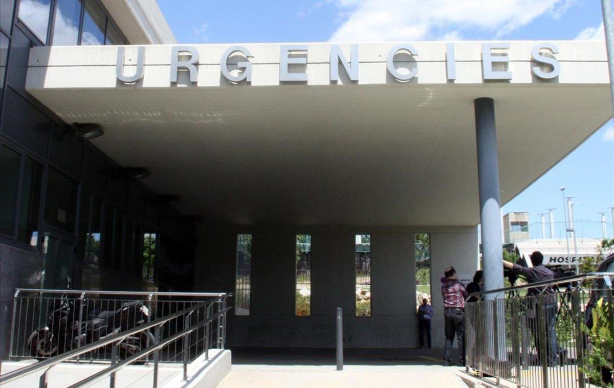 Entrada de urgencias del Hospital de Figueres.