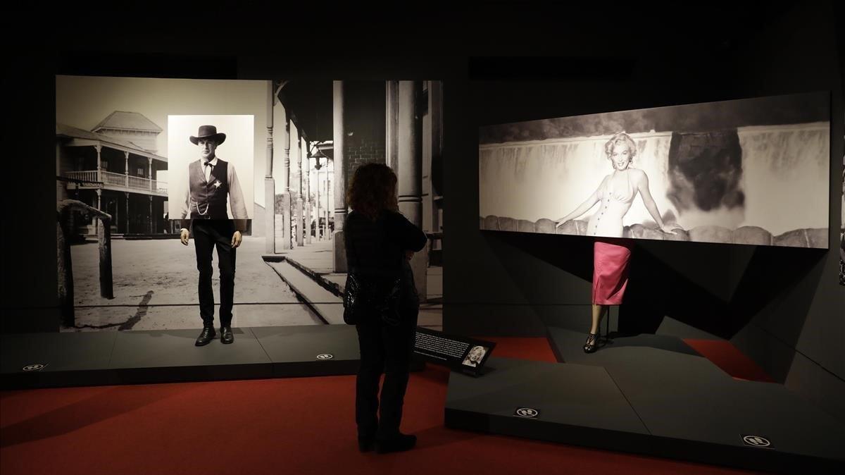 Una sección de 'La gran ilusión', en la que el Museu de Badalona se rinde a los pies de Gary Cooper y Marilyn Monroe.