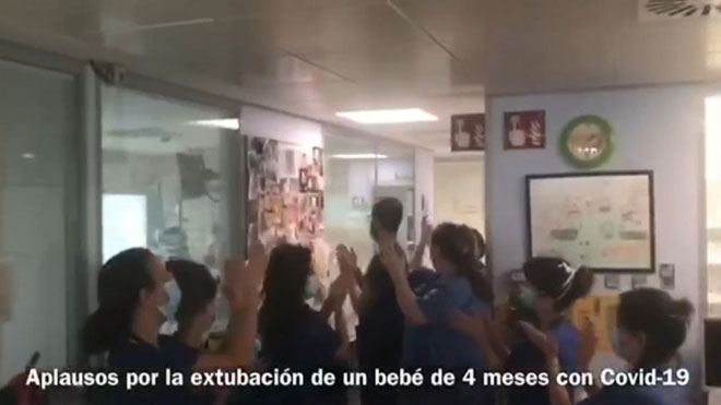 Extubado un bebé de cuatro meses enfermo de coronavirus en un hospital de Málaga.
