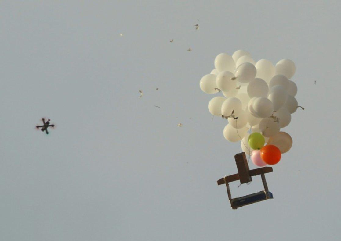 Globos explosivos enviados desde la Franja de Gaza a Israel.