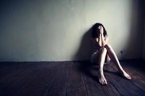 Imagen de archivo de una menor afectada por maltrato.