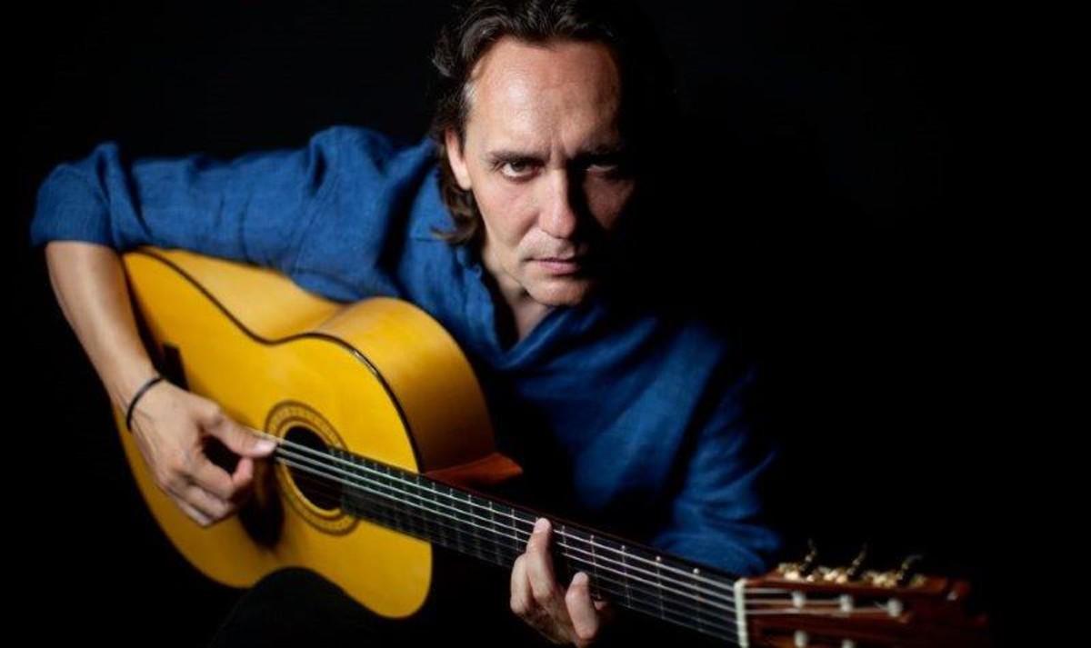 El guitarrista y cantaor Víctor Amigo será uno de los encargados de cerrar la temporada de primavera del Auditori de Cornellà
