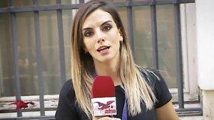 Una reportera de 'Todo es mentira', vetada de un acto de Isabel Díaz Ayuso
