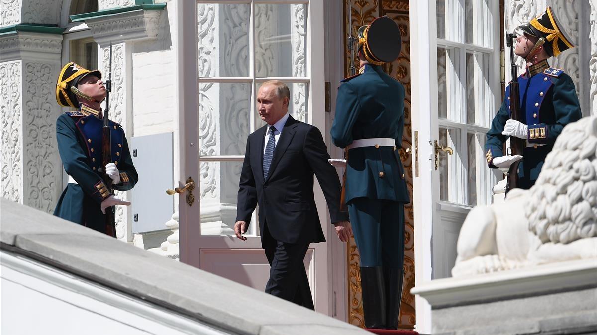 Vladimir Putin después de la ceremonia de investidura