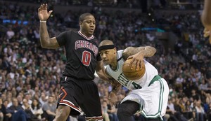 Isaiah Thomas (Boston) frente a Isaiah Canaan (Chicago).