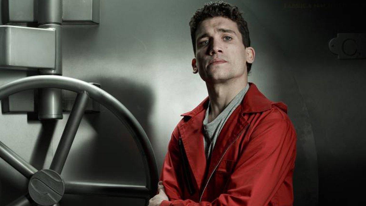 "Jaime Lorente ('La Casa de Papel') responde a Vox: ""Luchemos contra estos partidos fascistas"""