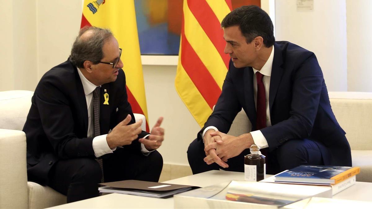 """Sánchez i Torra obren una """"nova etapa"""" de diàleg"""