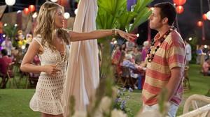 Jennifer Aniston y Adam Sandler, en la película Sígueme el rollo.