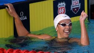 Kathleen Baker celebra el nuevo récord mundial de 100 metros espalda