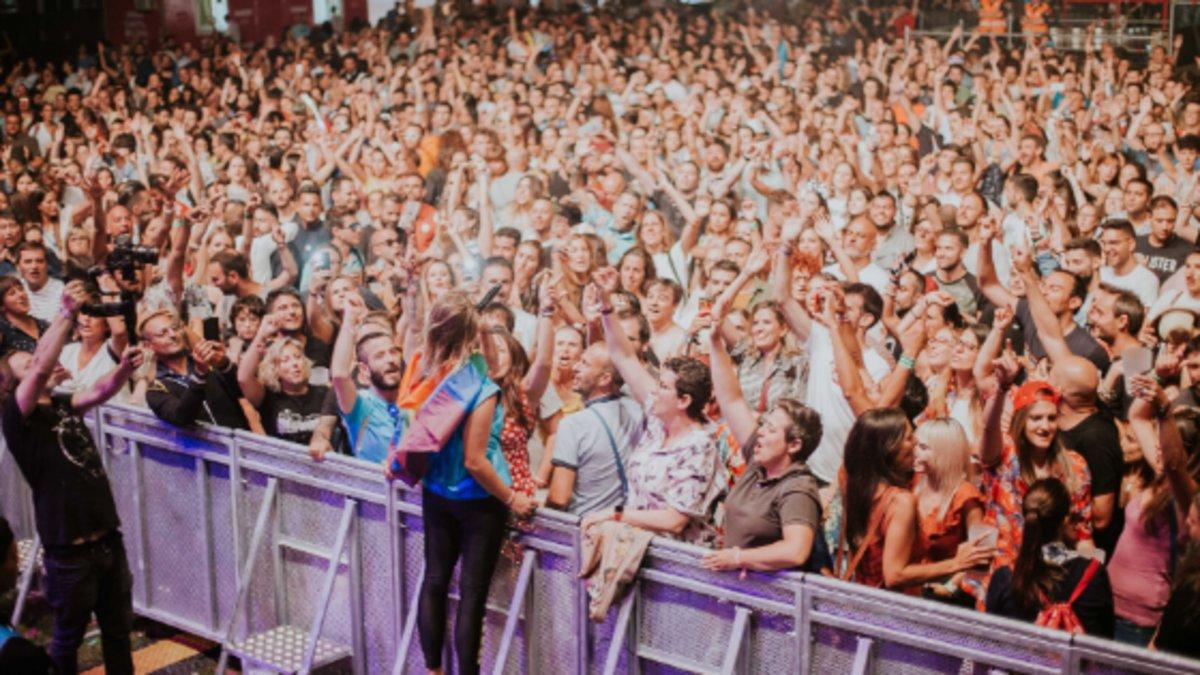 ¿Pasar del local de ensayo a los festivales de verano? Historias de autoproducción musical