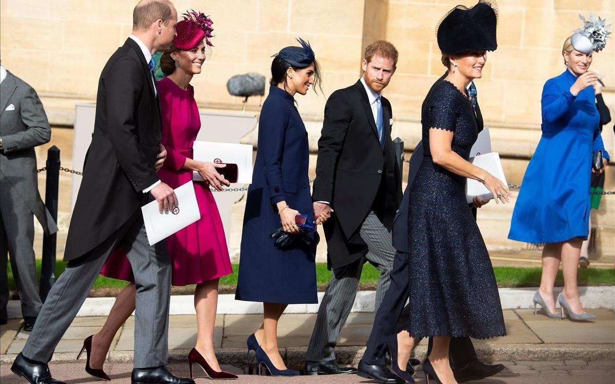 Los duques de Cambrige y los de Sussex, a su llegada a la capilla.