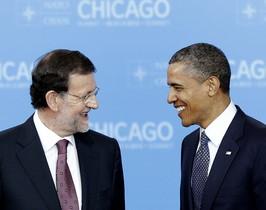 Mariano Rajoy i Barack Obama somriuen durant la cimera de l'OTAN, el maig del 2012 a Chicago.