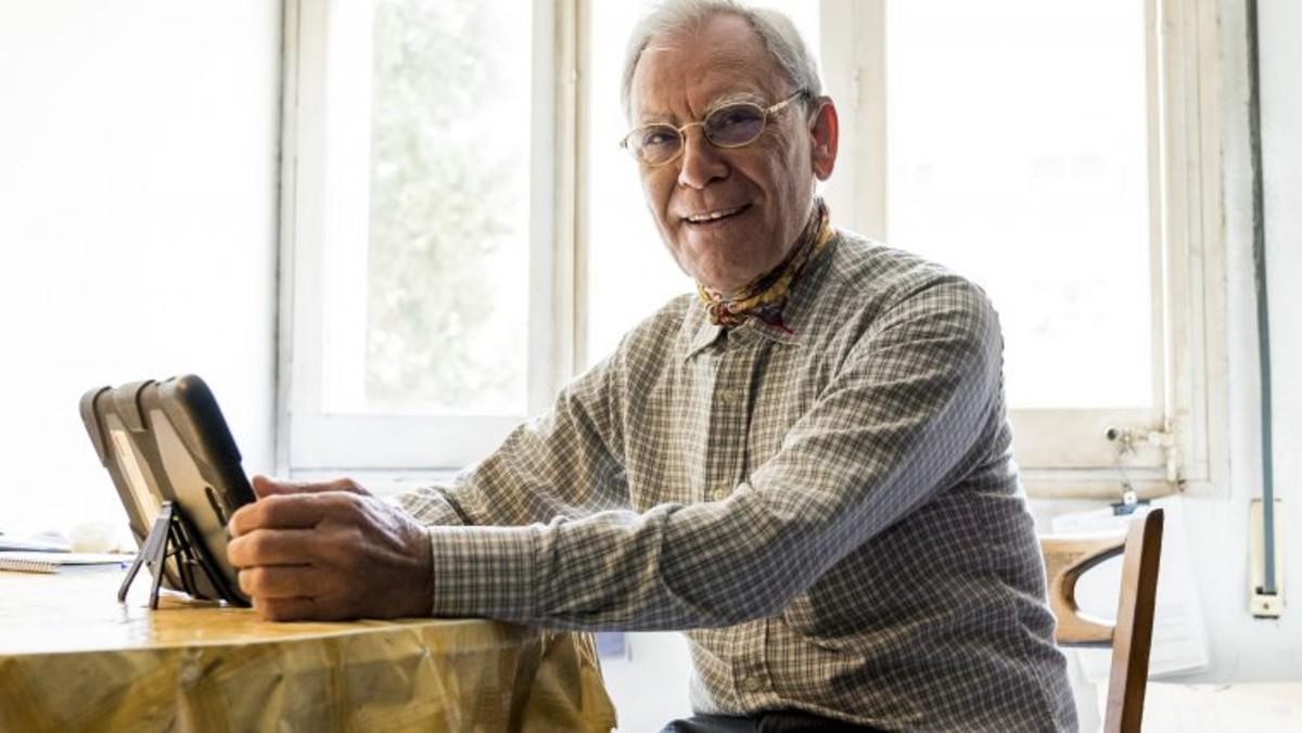 Más de 600 personas de más de 65 años participan en el programa Vínculos BCN.