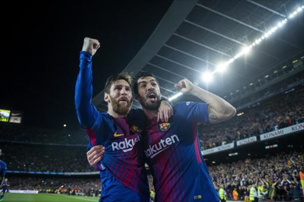 Messi y Suárez celebran un gol en el Barça-Real Madrid de mayo pasado.