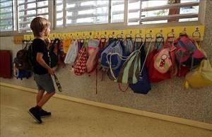 Un niño en un colegio de Barcelona, el pasado septiembre.