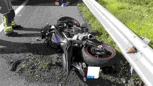 Detingut per homicidi un conductor que va xocar a propòsit contra una moto al Prat
