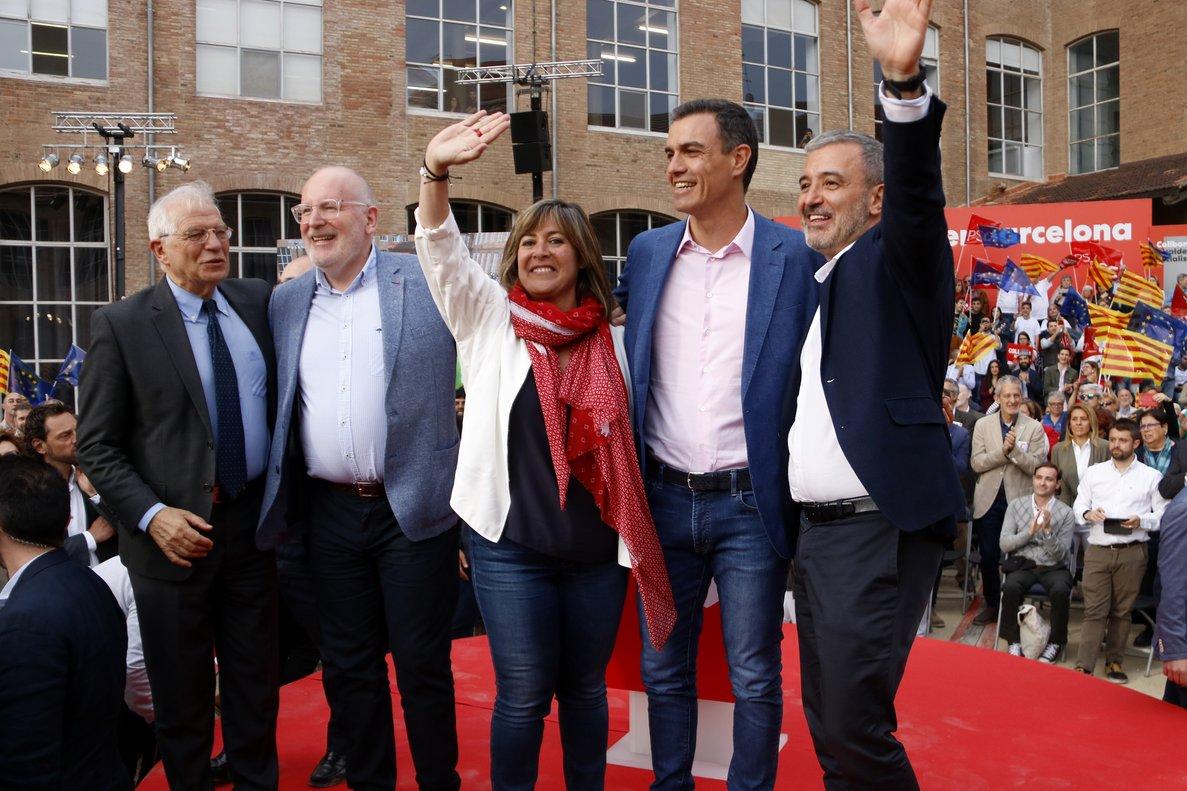 Núria Marín junto a Pedro Sánchez, Jaume Collboni y Josep Borrell el pasado 23 de mayo
