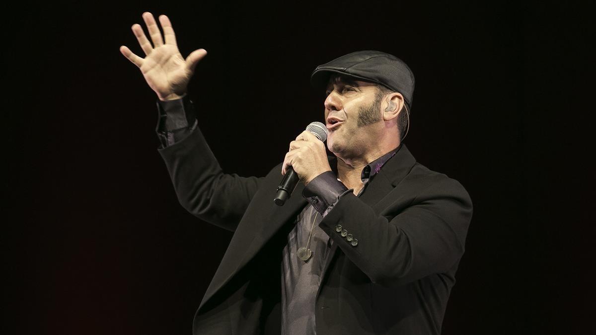 Actuación de Paco Candela en el Auditori del Fòrum