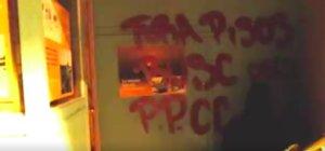 Pintada hecha por Arran en la fachada del piso colmena de L'Hospitalet