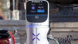 Punto de recarga de vehículo eléctrico de Endesa.