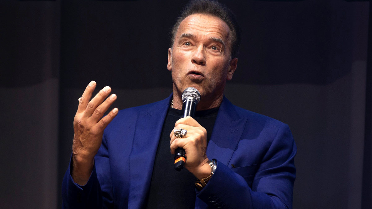 Schwarzenegger: Trump es un Terminator, quiere acabar con el progreso y el futuro.