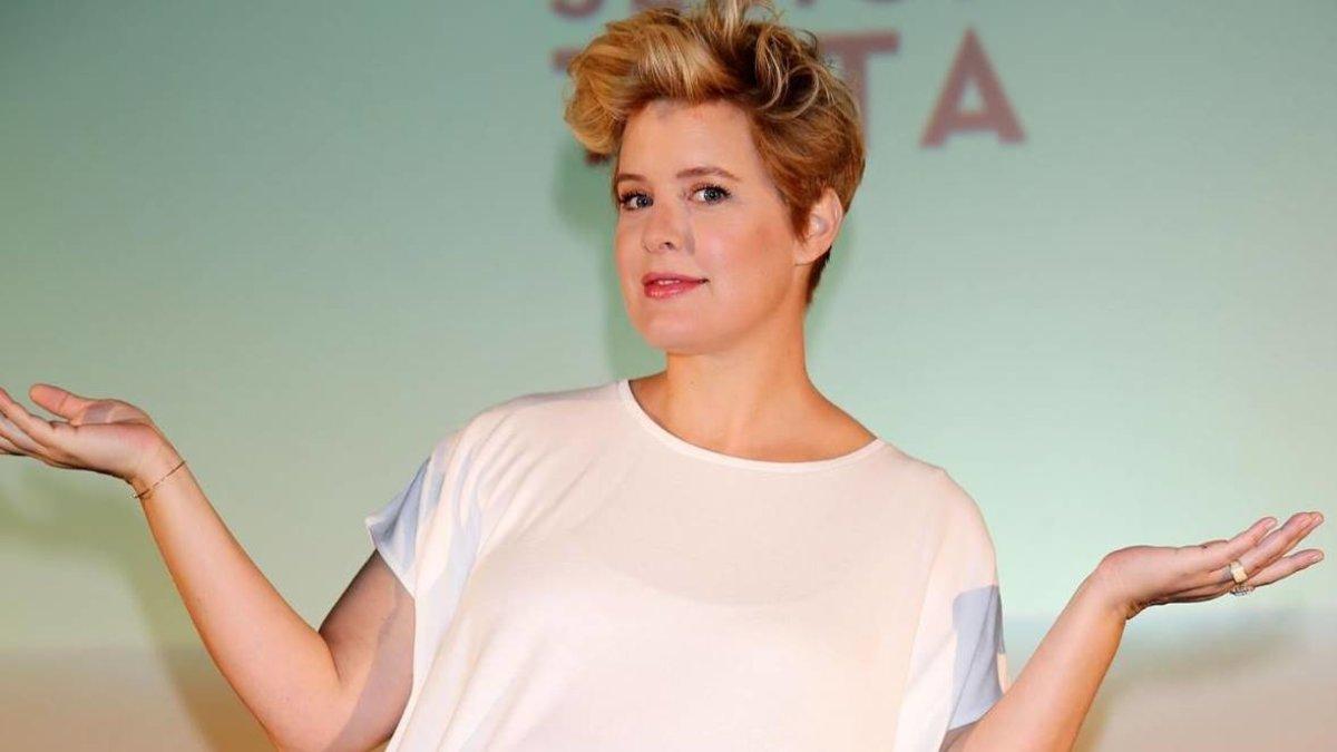 """Tania Llasera responde a los usuarios que le critican por """"hablar siempre de su peso"""""""
