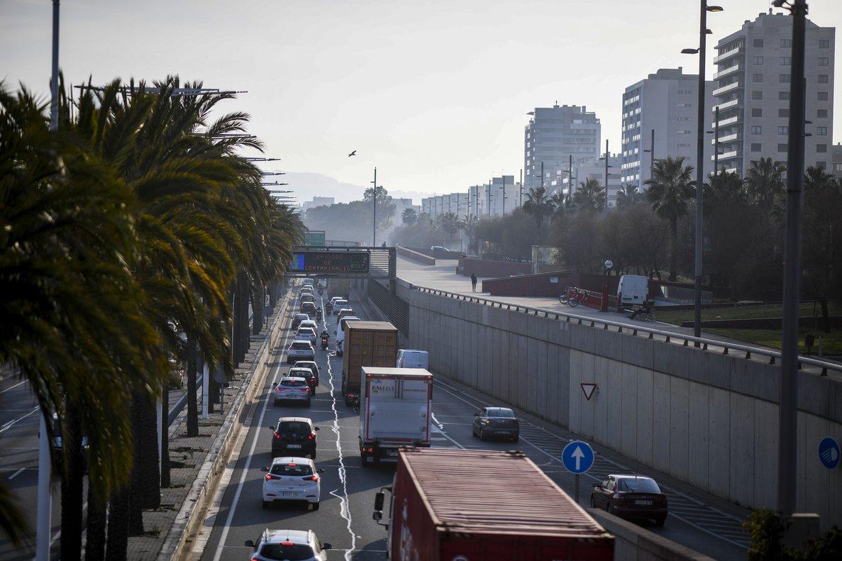 Los impuestos sobre el transporte son el 13% del total de impuestos ambientales