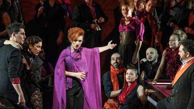 La Traviata s'apodera a Perelada