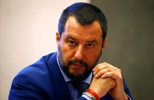 Itàlia confirma que acollirà 20 dels migrants de l''Aquarius'