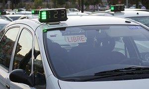 Un taxista drogado atropella a 3 estudiantes en el centro de València