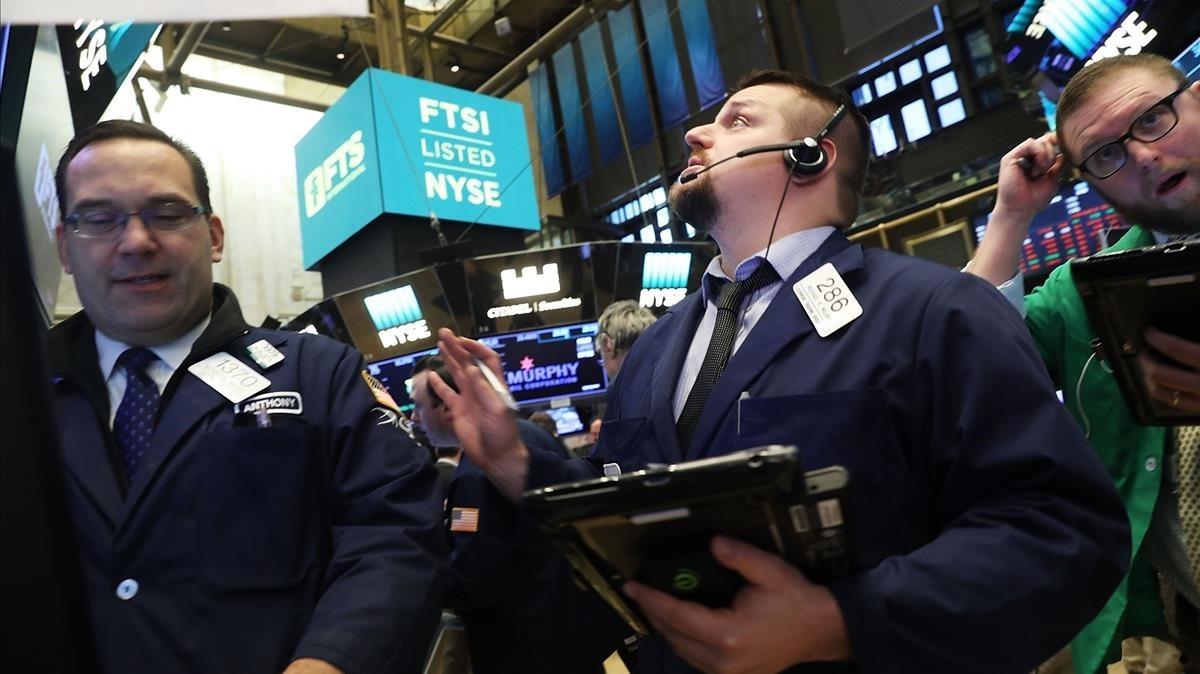 La Borsa de Nova York cedeix el 4,62%