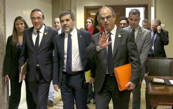 Los presos del «procés» han recogido, esta mañana, sus actas de diputados en el Congreso.