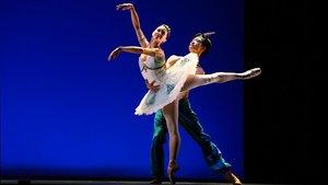 Mariela Nunez, bailarina del Royal Ballet, durante su participacion en la gala IBStage en el Liceu.