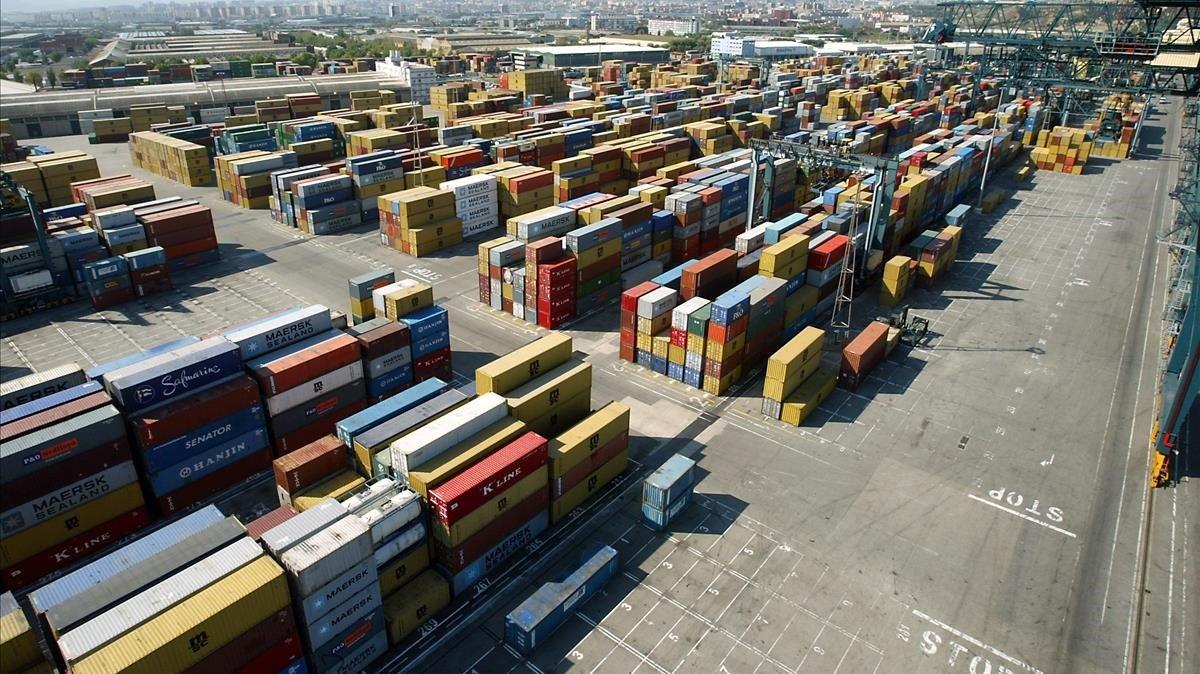 El dèficit comercial espanyol va créixer el 36,5% en el primer trimestre