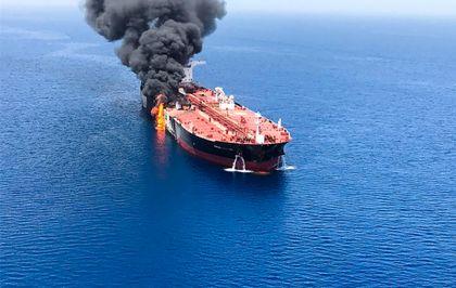 Golfo de Omán: Máxima tensión tras el ataque a dos petroleros | Directo