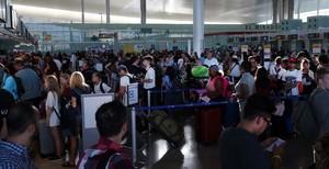 La sortida de joves catalans a l'estranger no cessa malgrat el creixement