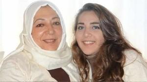 La activista siria Orouba Barakat y su hija Halla, asesinadas en Estambul.