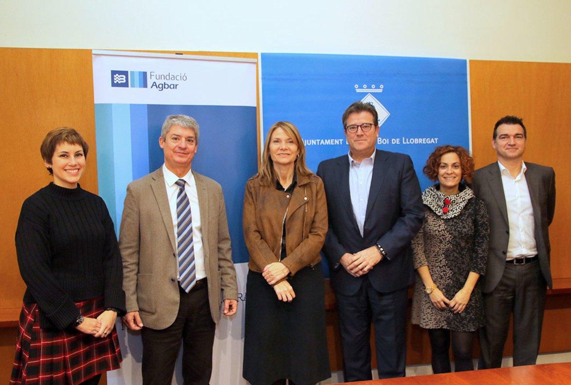 Acuerdo entre la Fundación Agbar y el Ayuntamiento de Sant Boi por la atención a personas refugiadas.